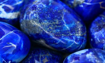 Lapis Lazuli – Piatra Cerului si a Puterii